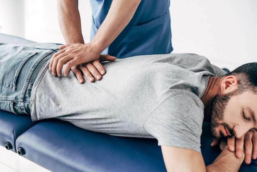 How Chiropractic Care Helps Treat Sciatica Pain